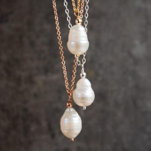 Pearl Pendant Necklace - 1st year anniversary gift